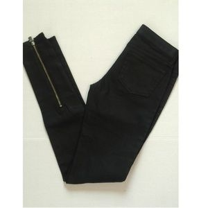 NWOT Rock Republic Black Leather Looking Jeans 25